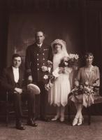 wedding3_0.jpg