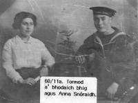 00204 Tormod a' bhodaich bhig agus Anna Snoraidh Breanish 60.11a.jpg